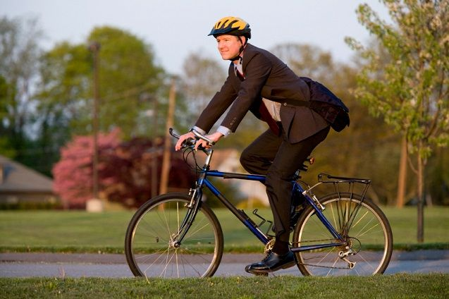 cycling to work reduce the risk of heart attack