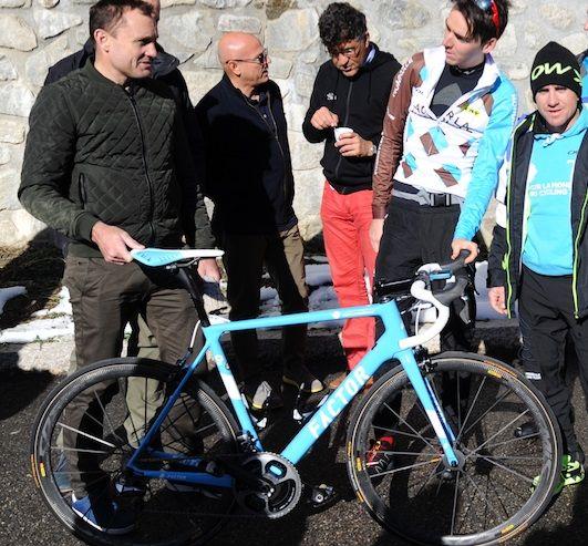 factor bikes ag2r