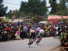 tour of rwanda crowds