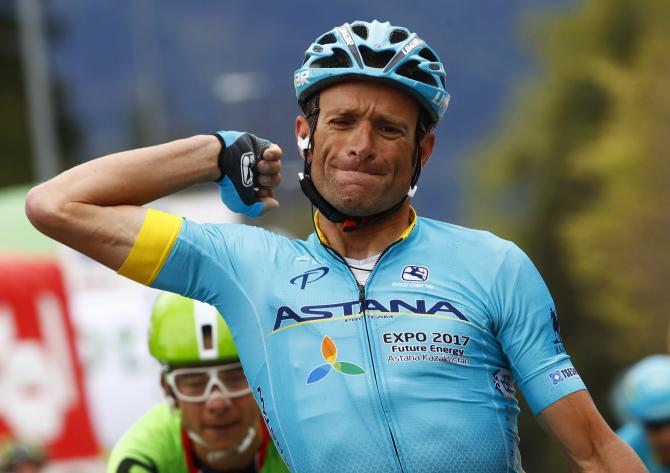 Michele Scarponi dies in training crash
