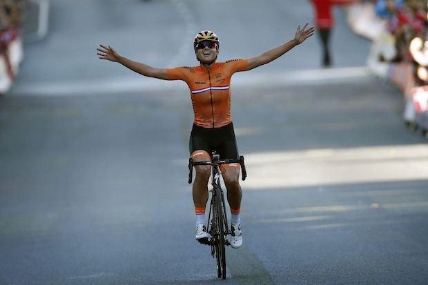 Chantal Blaak bergen 2017 road race