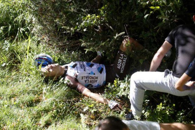 Jan Bakelants crash il lombardia