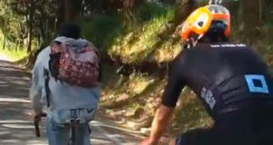 rigoberto uran and commuter cyclist