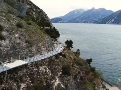 cycle lane lake garda