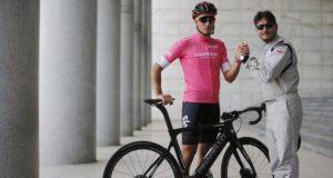 Gianni Moscon giro d'italia on e-bikes