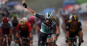 Sam Bennett wins stage 12 giro 2018