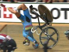 spectacular crash cycling