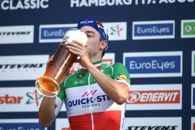 Elia Viviani wins Cyclassics Hamburg 2018