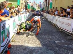Damiano Trivarelli and Stefano Zoppi sprint crash granfondo
