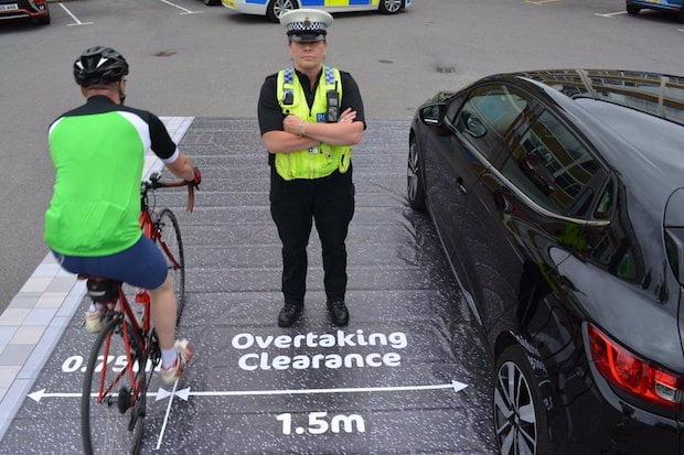 overtaking cyclist