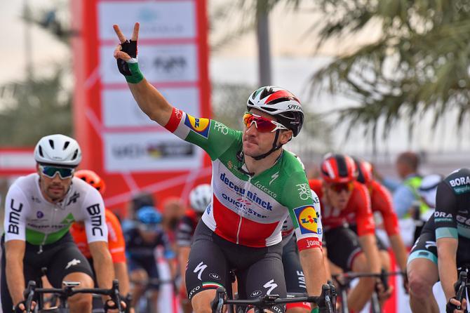 Elia Viviani wins stage 5 UAE Tour 2019