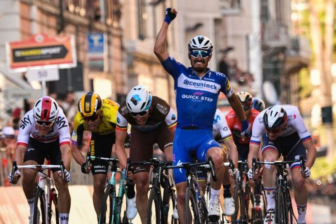 Julian Alaphilippe wins Milano-Sanremo 2019